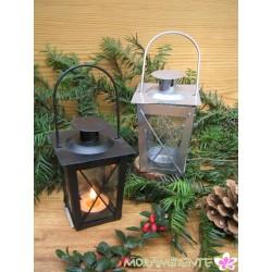 Kleine Metalllaterne mit Glas