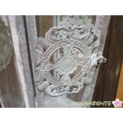 Große, hängende Laterne aus Metall im Antik-Look
