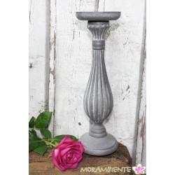 Großer Kerzenleuchter aus Holz in grau oder weiß