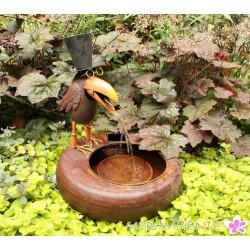 """Wasserbecken mit Wasserspeier """"Rabe mit Hut"""""""